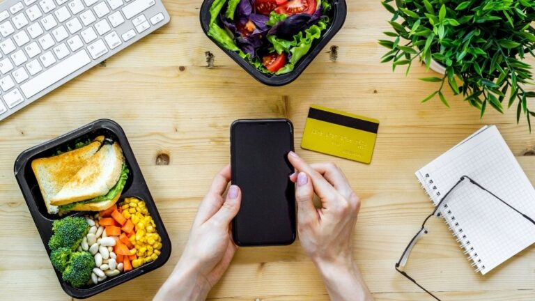 How To Drive Profits With Best Restaurant Marketing Practices - Phygital24 Image 4