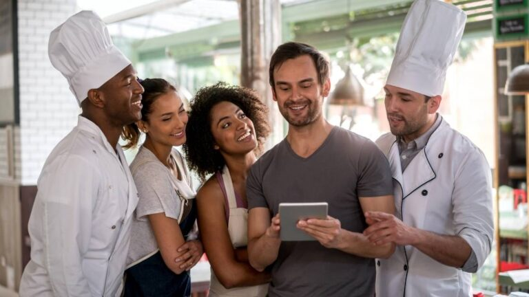 How To Build A Strong Digital Reputation For Your Restaurant - Phygital24 Pic 2